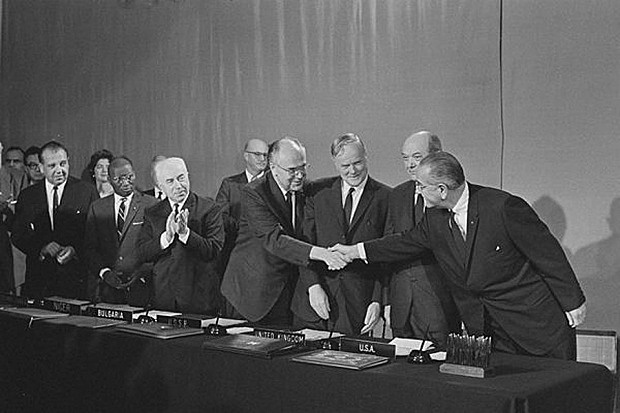 Vertrag über die Nichtverbreitung von Kernwaffen (atomwaffensperrvertrag)
