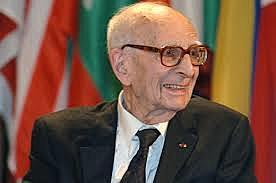 Claude Lévi-Strauss (Bruselas, 1908ko azaroaren 28a - Paris, 2009ko urriaren 30a)