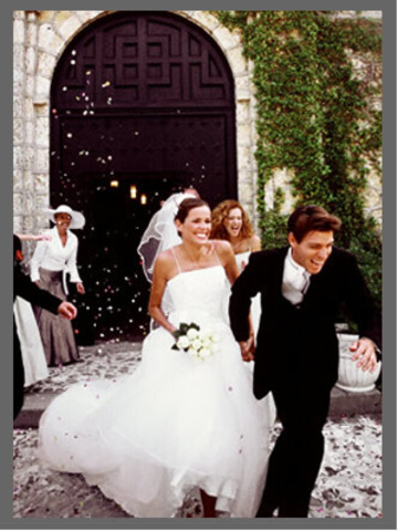 Marries Oscar Chopin