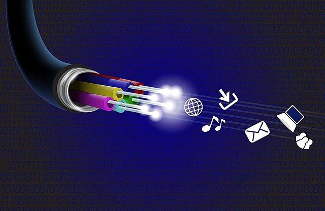 Aparece la fibra óptica