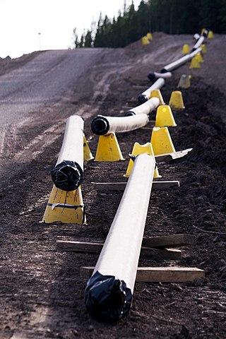 On termine la construction de l'oléoduc