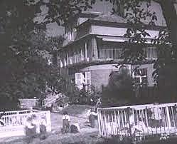Gründung des Kinderheimes Loczy in Budapest