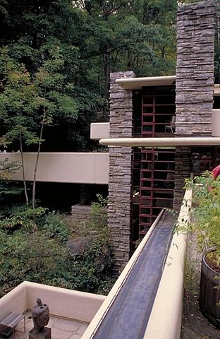 Nº 39  Casa de la Cascada Frank Lloyd Wright