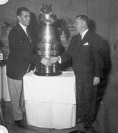 Cinquième conquête consécutive de la coupe Stanley par le Canadien de Montréal