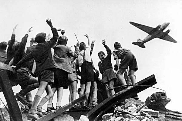 Luftbro til Vest-Berlin