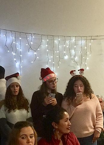 Leitura de Poesias de Natal no Jantar do Agrumento de Escolas do Forte da Casa