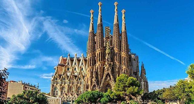 Templo expiatorio de la Sagrada familia | Gaudi