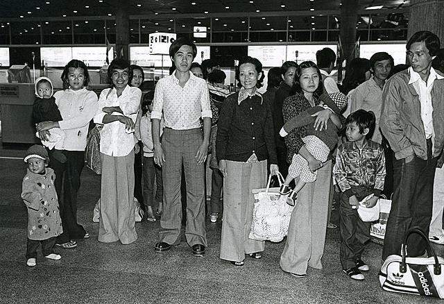 Les réfugiés vietnamiens arrivent au Canada