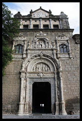 Se construye el Hospital de la Santa Cruz de Toledo.