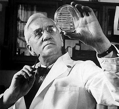 Alexander Fleming descubrió la penicilina.