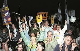 Manifestation pour la tenue d'un référendum au Québec