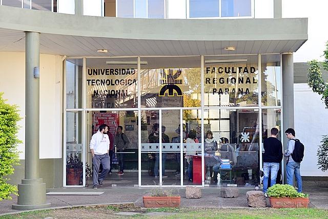 Inaguracion de la FRP (Facultad Regional Paraná)