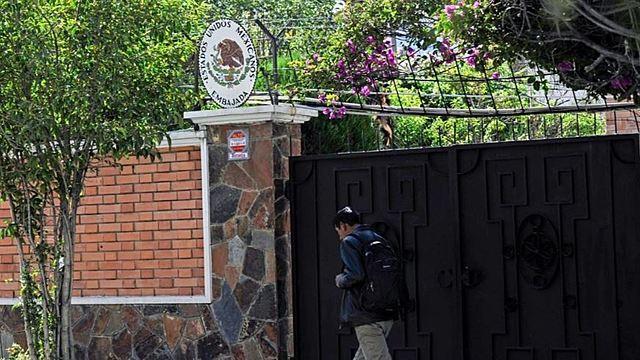 """México demandará a Bolivia por """"asedio"""" en su embajada"""