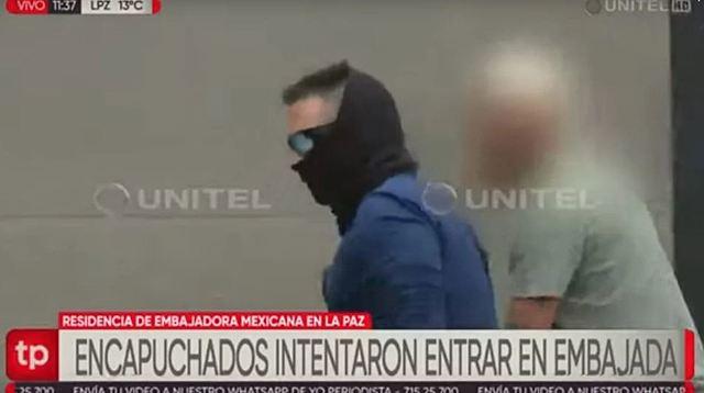 Encapuchados intentaron ingresar a la residencia de la embajadora mexicana
