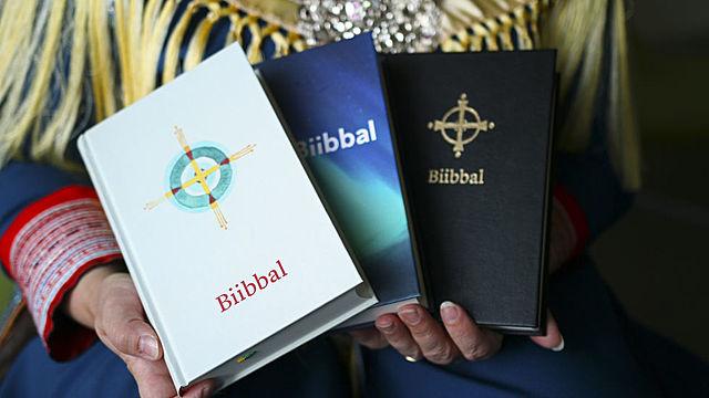 Bibelen oversettes til nordsamisk.