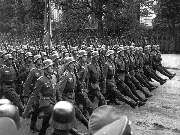 Nemčija napade Poljsko