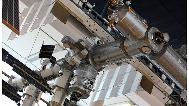 Assembly of ISS begins