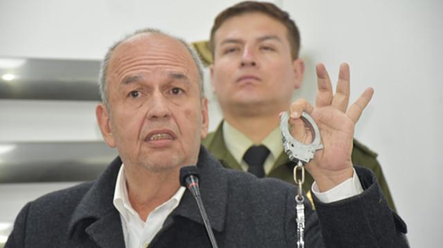 Gobierno instruye captura internacional de Evo