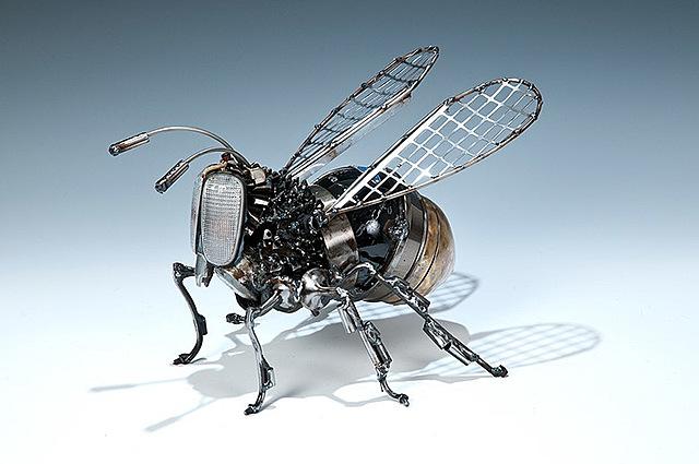 Margot Morandet - Créer avec des matériaux qui n'ont rien d'artistique / recyclage / James Corbett, depuis 1998
