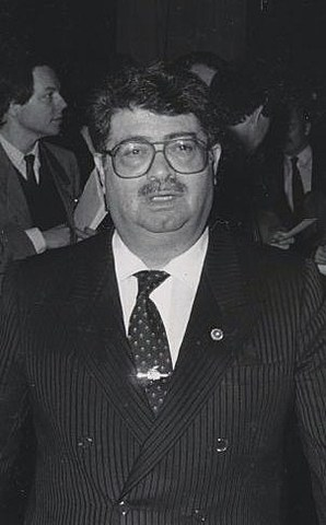 Özal becoming PM