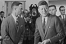 Forrest Meets President Kennedy