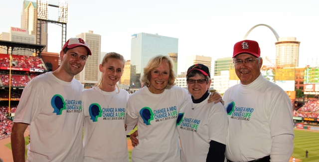 Hosts Awareness events with Glenn Close in St. Louis