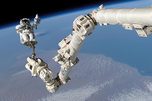 Bras spatial canadien (Canadarm)