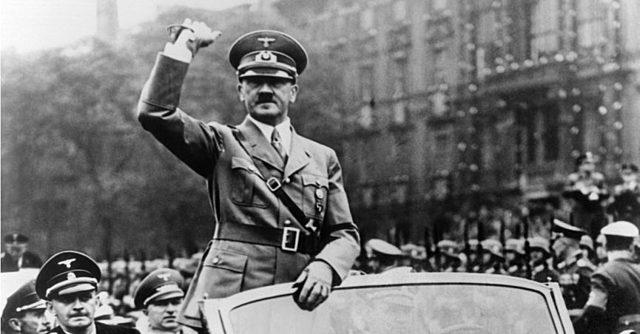 Hitler breaks stalin agreement