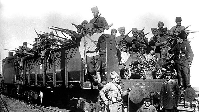 Inici de la Guerra Civil Russa