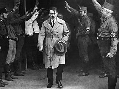 Hitler es roclama Führer