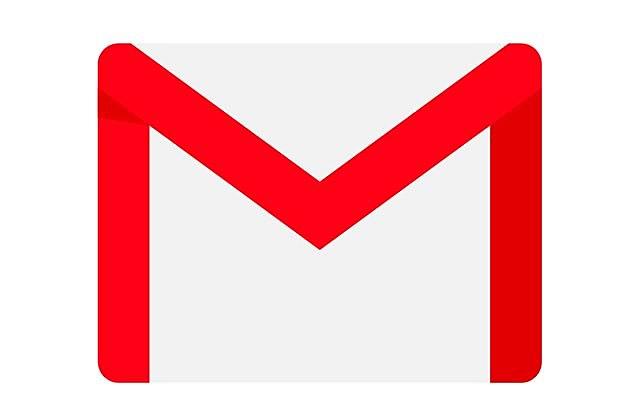 Création des premières adresses e-mail.
