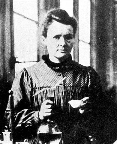 Zer ikasketa egin zituen Marie Curie-k?
