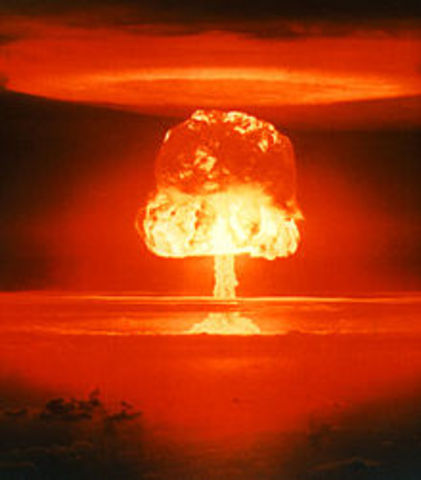 Hydrogen Bomb / Thermonuclear weapons
