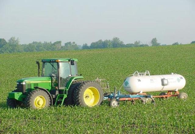 Anhydrous Ammonia / Mechanical Harvester