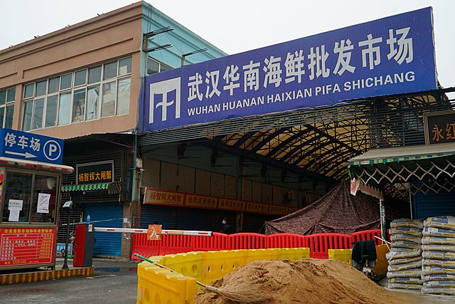 Containment: Seafood Market Closed