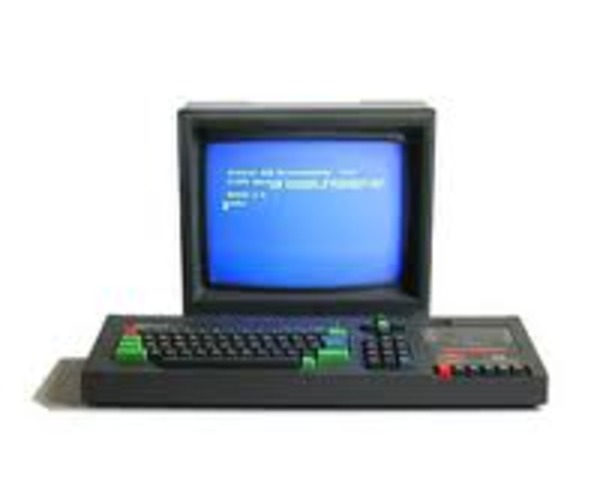 Primera computadora al mercado
