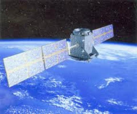 primer satélite de comunicaciones de uso comercial.