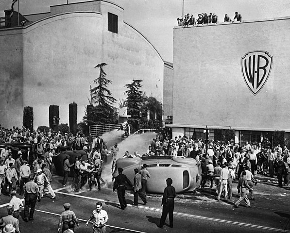 Hollywood Black Friday