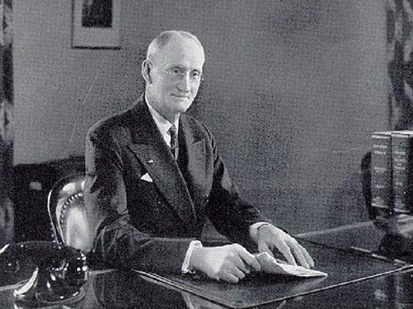 1903- Walter Dill