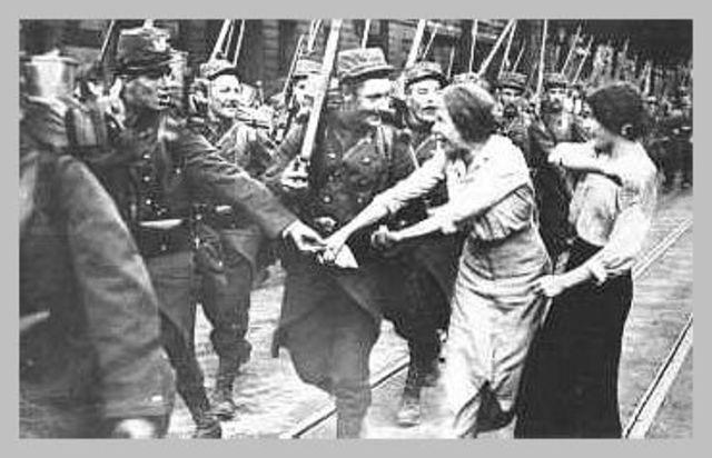 Romania enters the war