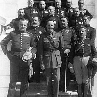 La crisis del Sistema de la Restauración y la caída de la Monarquía (1902-1931). La Segunda República. La Guerra Civil en un contexto de Crisis Internacional (1931-1939). timeline