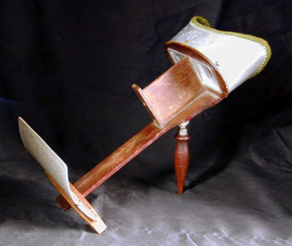 Oliver Wendell Holmes invents stereoscope viewer.