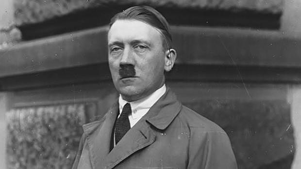 Hitler es converteix en primer ministre