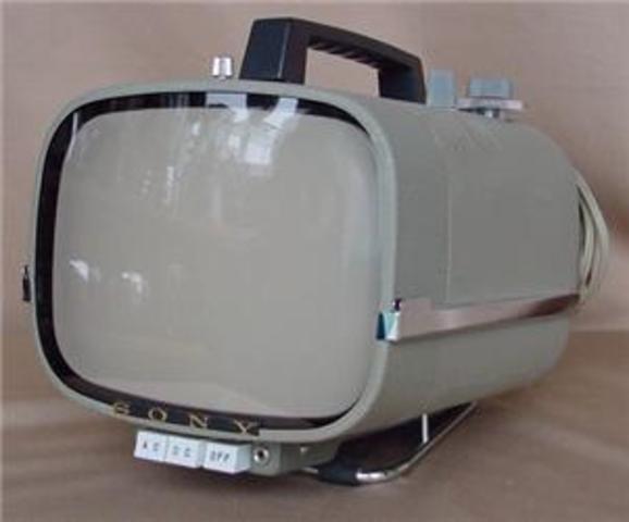 Televisor de 5 pulgadas transistorizado