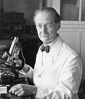 C. Clifford Dobell (1886-1949, biologiste britannique)