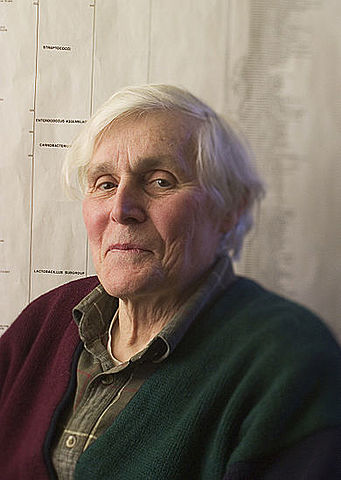 Carl Woese (1928-2012, bactériologiste américain)
