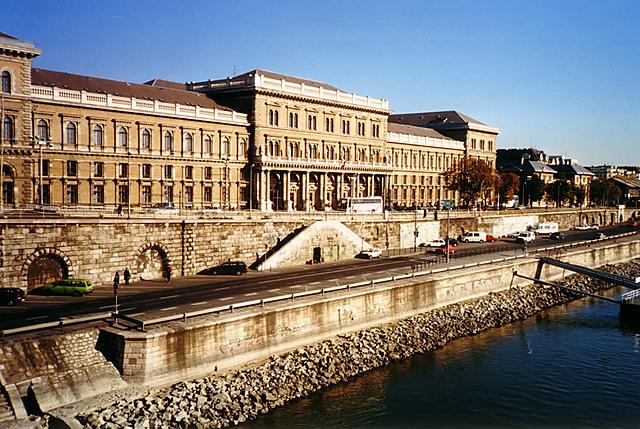 Mudança a Budapest