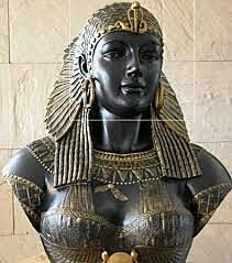 Nacimiento de última gobernante de la dinastía ptolemaica del Antiguo Egipto