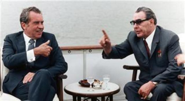 Nixon visits Soviet Union