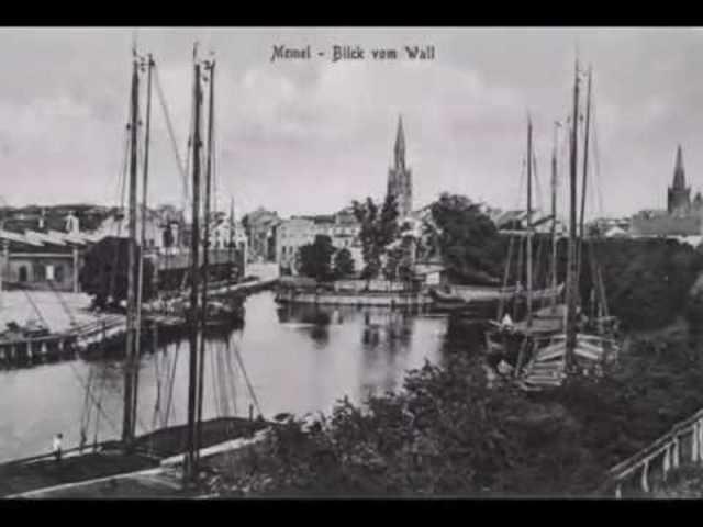 Germans occupy port of Memel